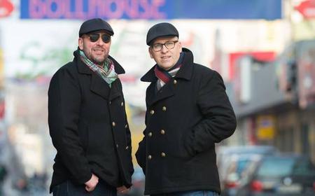 Hamburg: Early Bird Reeperbahn tour with the…