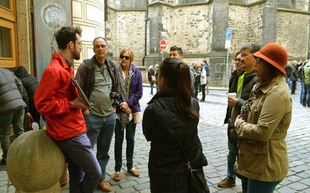 Prague Castle and Royal Gardens 2.5-Hour Walking Tour