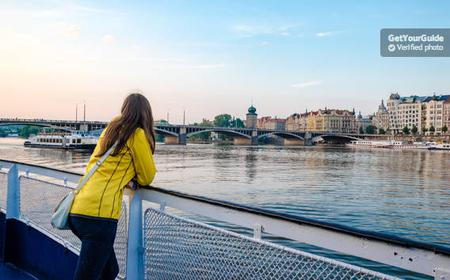 Prague: 3-Hour Dinner Cruise with Live Music