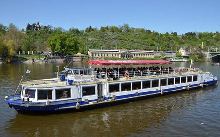 Prague: 1-Hour Boat Cruise along the Vltava River