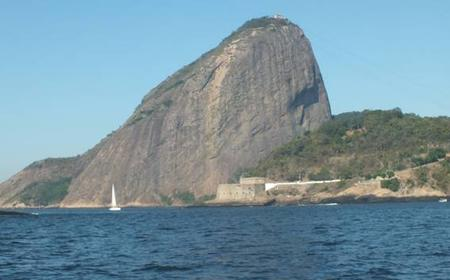 Sugar Loaf and Copacabana Beach Sailing Tour