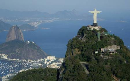 Rio de Janeiro by Air: 10-Minute Helicopter Tour