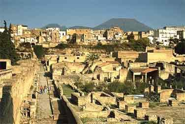 Private Guided Tour of Herculaneum and Pompeii