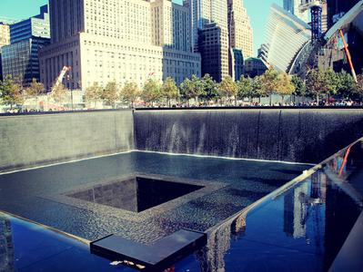 Guided Ground Zero Tour with 9-11 Memorial Visit from New York