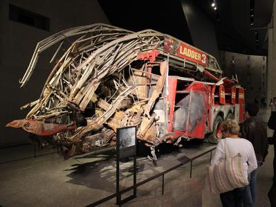Guided Ground Zero Tour with 9-11 Museum Entry