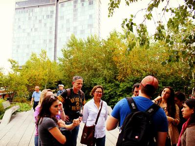 Guided Tour of the High Line and Chelsea from New York