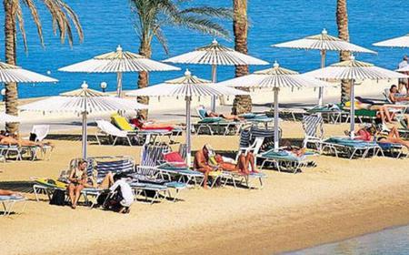 Hurghada Beach: Private Shore Excursion from Safaga Port