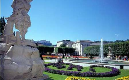 Half-Day Historical Walking Tour of Salzburg