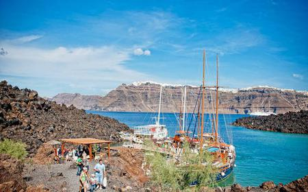 Santorini 7-Hour Volcano Adventure with Cruise