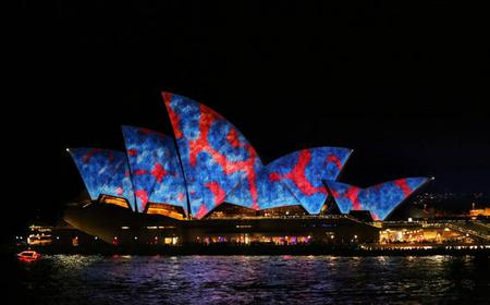 Sydney Opera House Tour Celebrating VIVID
