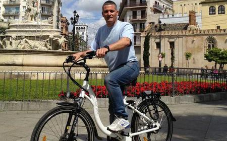 3 hours Private e-bike tour on your own language