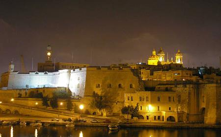 Malta: Marsamxett Harbour and Grand Harbour Cruise by Night