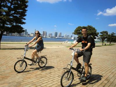 Odaiba and Tsukiji Small Group Bike Tour with Tokyo Bay Cruise