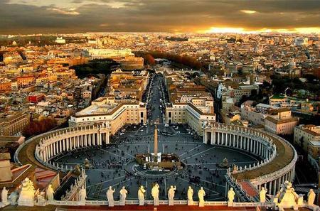 Skip the Line: Small - Group Tour of Vatican Museums Sistine Chapel and  St Peter's Basilica