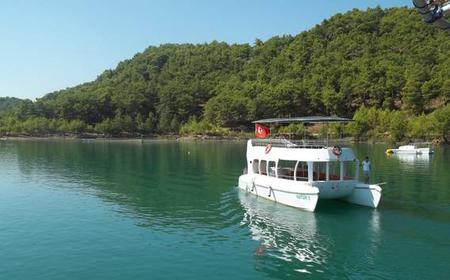 Green Lake Catamaran & Cabrio Bus Safari 1-Day Tour