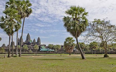 Angkor Wat, Bayon, and Ta Prohm Day Tour from Siem Reap