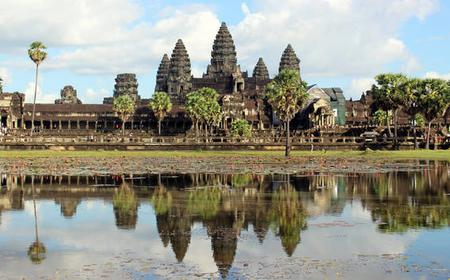 Siem Reap: Angkor Complex Full-Day Adventure with Lunch