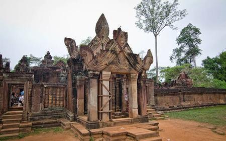 Siem Reap: Banteay Srey and Beng Mealea Temples Tour
