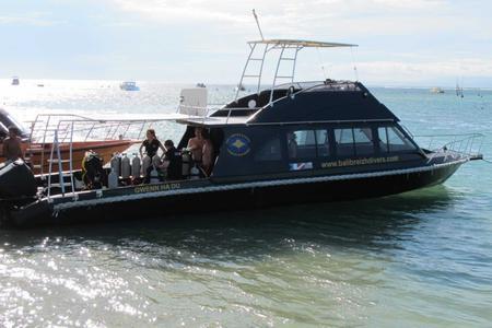 Private Diving Boat Around Nusa Lembongan & Nusa Penida