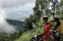 Chiang Mai Jungle 2-Day Tour: Mountain Biking & Ziplining