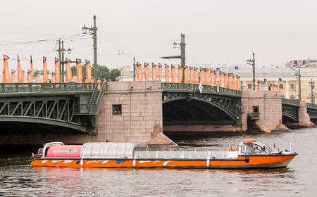 St. Petersburg Hop-on Hop-off Sightseeing Boat Tour
