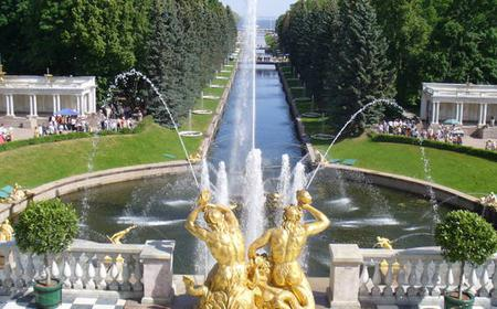 St. Petersburg: Peterhof and Catherine Palace Day Tour