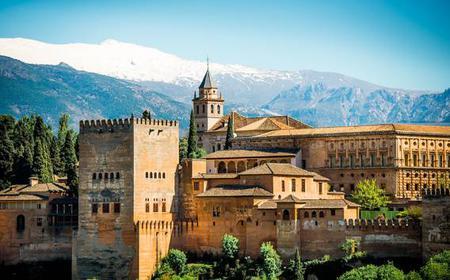 Granada: Alhambra, Nasrid Palaces & Generalife Private Tour