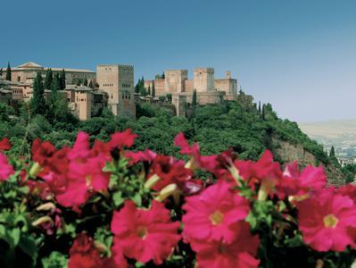 Granada and La Alhambra Full Day Tour from Torremolinos