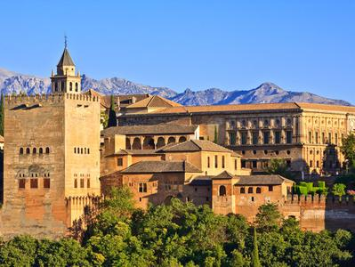 Granada Full Day Tour with the Alhambra from Estepona