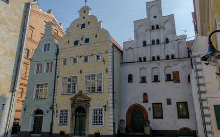 Riga Old Town Walking Tour with Organ Music Concert
