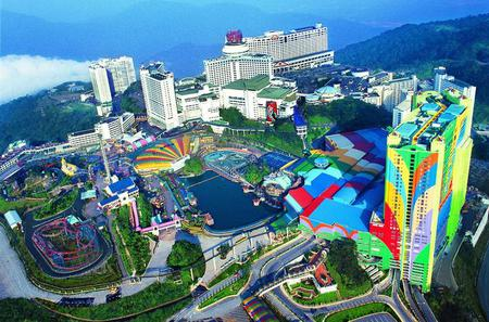 Unlimited Fun Day in Genting Highlands with Private Transfer from Kuala Lumpur