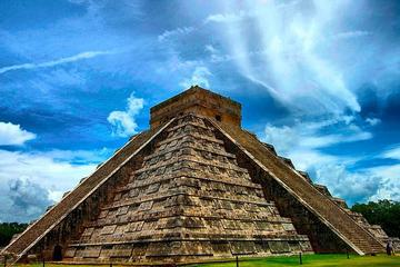 Chichen Itza Express Half Day Tour from Cancun and Riviera Maya