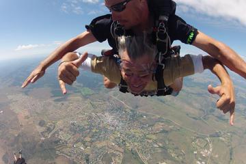 Port Elizabeth Shore Excursion: Skydiving in Grahamstown