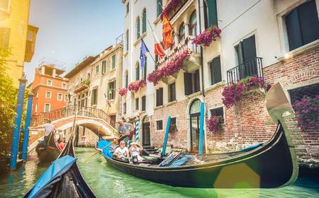 Venice: Private Gondola Ride off the Beaten Path
