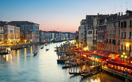 Evening Wine and Food Tour near Venice's Jewish Quarter