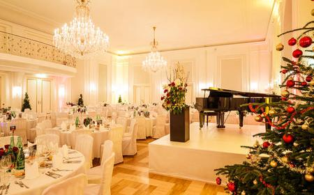 Vienna: Christmas Concert and Dinner in the Kursalon