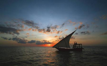 Relaxing 2-Hour Dhow Sunset Cruise