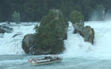 Rhine Falls: Coach Tour from Zurich