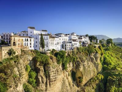Ronda with Wine Tasting and Marbella Day Tour from Torremolinos