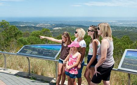 Adelaide Hills and Hahndorf Scenic Drive