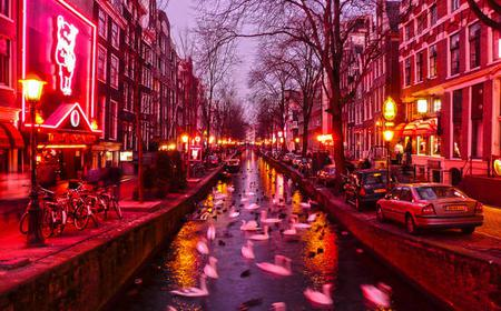 Amsterdam: Red Light District Informative tour in…