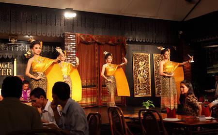 Bangkok: Thai Dinner & Classical Dance