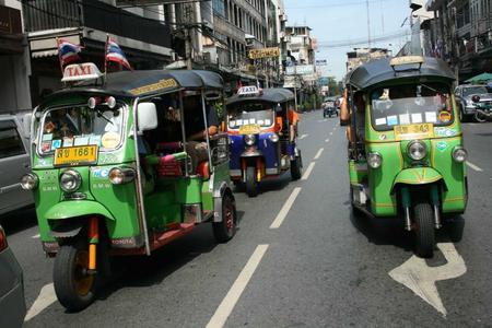 Morning Tuk-Tuk Tour & Markets
