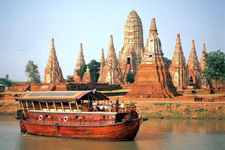 Chao Phraya Rice Barge Cruises