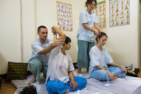 3 Hrs Back-Neck-Shoulder Massage Course