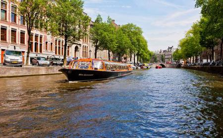 Amsterdam: 1-Hour Canal Cruise with Van Gogh Museum