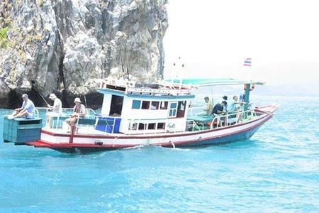 Fishing & Snorkeling Trip around Koh Tan & Koh Mudsum islands
