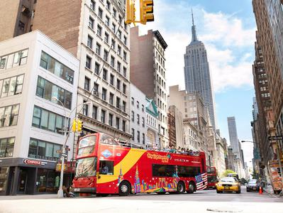 24-Hour Downtown Loop Bus Tour with One World Observatory Tickets - By Gray Line CitySightseeing New York