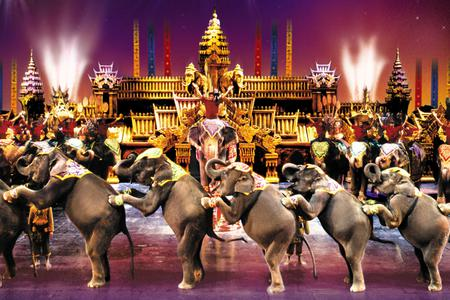 Phuket Fantasea Show, Dinner & Round Trip Transfer - Golden Seats