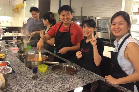 Wet Market Tour & Authentic Cooking Class